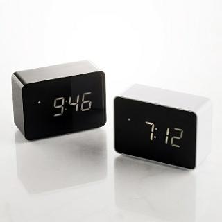 지성아이엔씨 플라이토 LED 베이직 직사각 탁상시계 화이트 - [탁상용] 디지털 무소음 전자 LED 알람 온도 탁상 책상 테이블 인테리어 엘이디 직사각 시계 추천